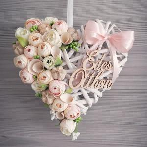 Szív alakú kopogtató, Otthon & Lakás, Dekoráció, Ajtódísz & Kopogtató, Virágkötés, Nagyon szép kopogtató rattan szív alapra készült barack színvilágban, édes otthon feliratal :) Egyet..., Meska