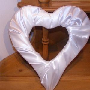 Esküvői szív dekoráció (eviara) - Meska.hu
