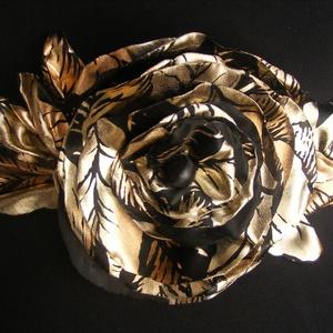 Retrománia Alkalmi Öv Rózsával 10 % kedvezménnyel, Táska, Divat & Szépség, Öv, Ruha, divat, Esküvő, Hajdísz, ruhadísz, Varrás, Virágkötés, Arany-fekete  anyagból készítettem nagyon mutatós övet,amely légiesen könnyű műszálas textilből kész..., Meska