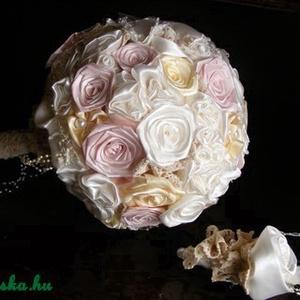 Pastel Rose menyasszonyi csokor,tartós virágokból, Esküvő, Menyasszonyi- és dobócsokor, Ez a virágcsoda szaténból,organzából és pamutcsipkéből született meg. Gyönyörű pasztell színeit , ek..., Meska