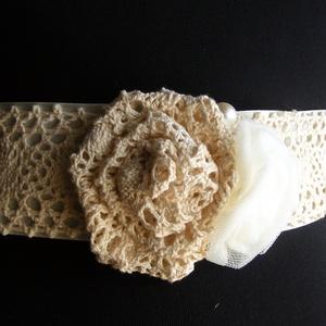 Csipke rózsa öv,ruhadísz esküvőre,alkalomra (eviara) - Meska.hu
