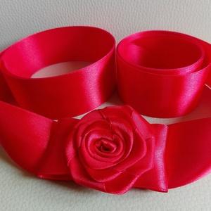 Red Rose esküvői, menyecske öv, Esküvő, Táska, Divat & Szépség, Hajdísz, ruhadísz, Ruha, divat, Öv, Szaténöv, esküvőre. Rendelésre készült termék. Hasonló készülhet, írj belső üzenetet.  Méret: öv pán..., Meska