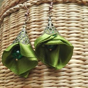 Jázmin zöld fülbevaló, textil ékszer (eviara) - Meska.hu