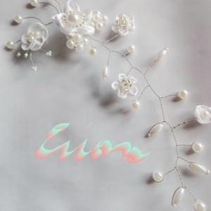 Hajdísz fehér virágos,esküvőre, Esküvő, Kontydísz & Hajdísz, Hajdísz, Gyöngyös drótékszert készítettem fehér és halvány púder rózsaszín gyöngyökből. A púder gyöngyök csak..., Meska