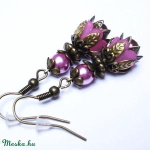 Rózsaszín tulipánvirág fülbevaló, Ékszer, Fülbevaló, Akryl virágból és tekla gyöngyből, valamint bőrbarát réz színű szerelékekből készítettem el ezt a sz..., Meska