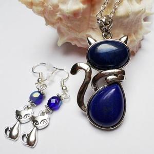 Lapis lazuli cica szett, Ékszer, Ékszerszett, Cuki cicás szett minden macskarajongónak! Lapis lazuli ásványból készült cica medál ezüst színű lánc..., Meska