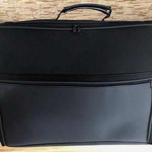 Laptop táska, Táska & Tok, Laptop & Tablettartó, Laptoptáska, Varrás, Cipzáras laptop táska, külső oldalán cipzáras zsebbel. Erős, szivaccsal bélelt textilből és textilbő..., Meska