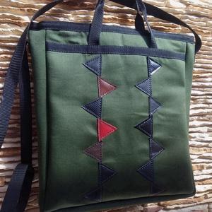 Katonazöld táska műbőr díszítéssel, Táska & Tok, Varrás, Bőrművesség, Cipzárral zárható, belsejében egy 24cm x 18cm-es zseb található.  Mérete: 30cm x 34cm x 7cm (széles..., Meska