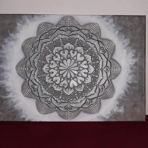 Ezüst-Fehér Mandala, Művészet, Festmény, Akril, Festészet, Mandalákon keresztül próbálunk közvetíteni az egyén számára olyan energiákat, ami hozzásegíti önmaga..., Meska