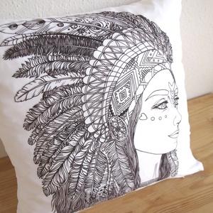 Indiánlányos dekorpárna, lányos gyerekszoba dekor, indiános díszpárna, huzat+belső párna (EVYHomeDecor) - Meska.hu