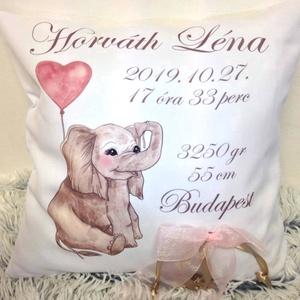 Egyedi név párna, elefántos születési babaváró párna, baba név párna, babaváró ajándék emlékbe - huzat+belső párna (EVYHomeDecor) - Meska.hu
