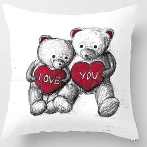 Egyedi neves párna saját felirattal eljegyzésre, esküvőre, Valentin napi szerelmes macis dekorpárna, Otthon & lakás, Dekoráció, Ünnepi dekoráció, Szerelmeseknek, Lakberendezés, Lakástextil, Párna, Varrás, Festészet, Egyedi felirattal - nevekkel és dátummal - készül! \n\nRENDELÉS MENETE:\nVálaszd ki a kívánt Méretet, u..., Meska