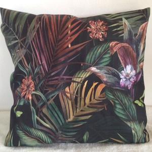 Pálmás orchideás, pillangós díszpárna, Fekete pálmaleveles trópusi díszpárna, dzsungeles díszpárna, huzat + belső párna, Otthon & lakás, Dekoráció, Ünnepi dekoráció, Szerelmeseknek, Lakberendezés, Lakástextil, Párna, Varrás, Hímzés, TERMÉKLEÍRÁS:\nLevehető huzat + prémium belső párna\n• méretek: méretek: 30x30cm, 35x35cm, 40x40cm,45x..., Meska