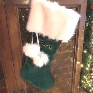Mikulás zokni egyedi arany hímzéssel, elegáns bordó színben, Karácsonyi bársony dísz zokni, Mikulás csizma ajándék - karácsony - mikulás - mikulás zsák, zokni, csizma - Meska.hu