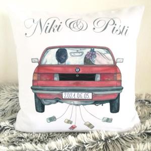 BMW retró autós ssküvői egyedi nászajándék átadó párna névvel és dátummal, Emlékpárna személyre szóló, esküvői ajándék, Esküvő, Emlék & Ajándék, Nászajándék, Varrás, Festészet, Meska