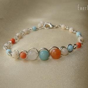 Kék-narancs-fehér ásvány karkötő, Ékszer, Karkötő, 6 mm-es narancs színű acháttal, világoskék amazonittal, áttetsző fehér morganittal, 4-mm-es narancs ..., Meska