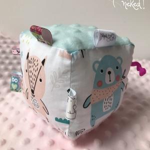Babakocka, Babakocka, 3 éves kor alattiaknak, Játék & Gyerek, Varrás, Erdei állatos mintájú pamut és minky (puha) anyagból készült, motorikus készséget fejlesztő babakock..., Meska