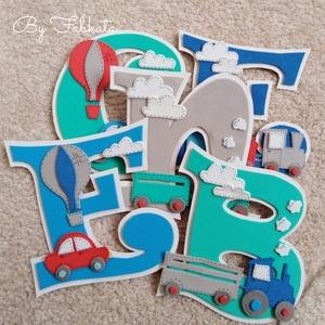 Bence 15cm dekorgumi falmatrica bababetű autó traktor , Gyerek & játék, Baba-mama kellék, Gyerekszoba, Baba falikép, Képkeret, Mindenmás, Papírművészet, Dekorgumiból készitem a neveket, kartonra van felragasztva. Hátoldalon kétoldalú ragasztóval. \n\nMére..., Meska