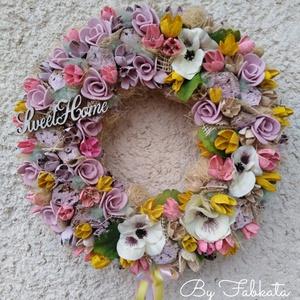 Tavaszi színes virágos ajtódísz kopogtató anyák napja , Esküvő, Otthon & lakás, Dekoráció, Lakberendezés, Asztaldísz, Ünnepi dekoráció, Anyák napja, Mindenmás, Virágkötés, A szalmaalapot bevontam , majd saját gumivirágokkal, selyemvirágokkal, termésekkel, kócgolyókkal, fa..., Meska