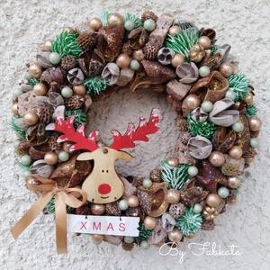 Szarvas lesben karácsonyi adventi ajtódísz kopogtató 24cm koszorú , Otthon & Lakás, Karácsony & Mikulás, Karácsonyi kopogtató, Virágkötés, Mindenmás, A szalmaalapot bevontam, majd gömbökkel, termésekkel, kóc golyókkal szalagokkal  díszítettem.\n\nMéret..., Meska