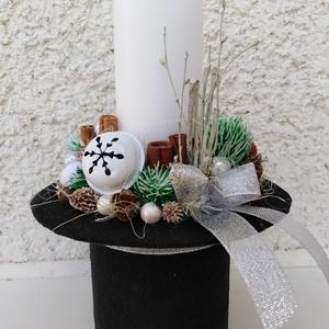 Hóember kalapja adventi téli asztaldísz dekoráció , Otthon & Lakás, Karácsony & Mikulás, Adventi koszorú, Egyedi téli adventi dekoráció, a hóember kalapja! Saját készítésű kalap fém dobozból.  Nagy gyertyáv..., Meska