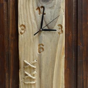 Rusztikus fa óra, Otthon & Lakás, Falióra & óra, Dekoráció, Fenyőfából szépen megmunkált rusztikus óra. A számok bele vannak marva az óra számlapjába. Akasztója..., Meska