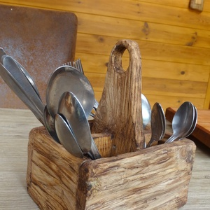 Evőeszköz tartó, Otthon & Lakás, Fából készült rusztikus evőeszköz tartó. 2db. kisebb és 2db. nagyobb rekesszel., Meska