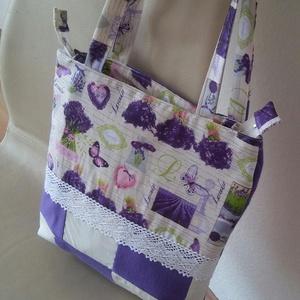 Levendulás patchwork táska, Táska & Tok, Válltáska, Kézitáska & válltáska, Ezt a nagyon szép és divatos levendulás táskát patchwork technikával, lila és fehér színű panama és ..., Meska