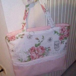 Rózsaszín vintage táska, Táska & Tok, Válltáska, Kézitáska & válltáska, Ezt a nagyon szép és divatos táskát vintage stílusú rózsa mintás dekorvászonból és panama vászon any..., Meska
