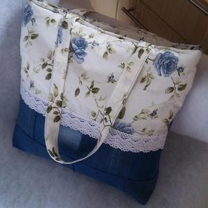 Kék rózsás farmer vintage táska, Táska & Tok, Válltáska, Kézitáska & válltáska, Ezt a nagyon szép és divatos táskát vintage stílusú kék rózsa mintás pamutvászonból és farmer anyagb..., Meska