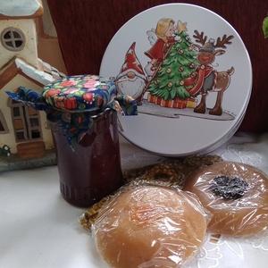 Karácsonyra édes izek.., Élelmiszer, Ajándék gasztro kosár, Élelmiszer előállítás, Karácsonyünnepi hangulathoz váltsunk gasztroajándékra,\nEgy dobozka tele édes finomságokkal, öröm adn..., Meska