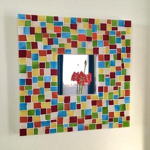 Mozaik tükör - toszkán színkavalkád, Otthon & Lakás, Dekoráció, Tükör, Mozaik, Üvegművészet, Vigyél egy kis napsütést otthonodba ezzel a színpompás üvegmozaik tükörrel.\nMinden egyes üvegdarabot..., Meska