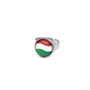 Magyar zászlós nemzetiszín gyűrű, Ékszer, Gyűrű, Magyar motívumokkal, Táska, Divat & Szépség, Kokárda, Ékszerkészítés, Fotó, grafika, rajz, illusztráció, Sporteseményekre szurkoláshoz, nemzeti ünnepekre, magyar emlékként ajándékba.\n\nA gyűrű állítható, M ..., Meska