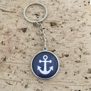 Hajós, tengerész nemesacél kulcstartó, táskadísz - horgony, Táska & Tok, Kulcstartó & Táskadísz, Kulcstartó, Ékszerkészítés, Fotó, grafika, rajz, illusztráció, A tenger, a víz, a hajózás szerelmeseinek kiváló ajándék.\nA medál nemesacélból készült, 2,5 cm-es üv..., Meska