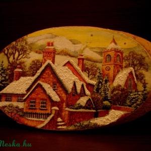 Téli falu faszeletre..., Dekoráció, Otthon & lakás, Kép, Lakberendezés, Falikép, Decoupage, transzfer és szalvétatechnika, Festészet, Nyírfaszeletre, decoupage szalvétatechnika segítségével készítettem el ezt a fali képet.\n\nA képen,mi..., Meska