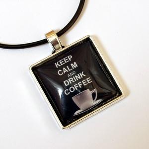 """Kávés üveglencsés nyaklánc, Ékszer, Nyaklánc,   """"Keep calm and drink coffee""""-mert ez gyakran tényleg ilyen egyszerű!  2,5 cm-es üveglencse alá rej..., Meska"""