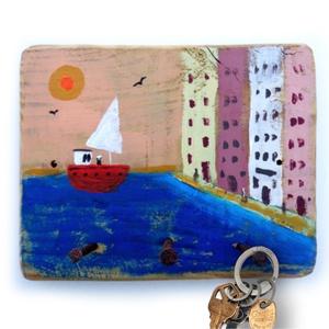 Kikötő kulcstartó, Otthon & lakás, Dekoráció, Lakberendezés, Famegmunkálás, Festett tárgyak, Ingyenes posta!\n\nEgyedi, festett fa dekoracio, akaszto/fogas.\nkb. 16 x 13 cm. \nfalra erősitendő! ( c..., Meska
