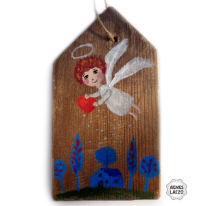Angyali áldás, Otthon & lakás, Dekoráció, Dísz, Lakberendezés, Karácsony, Karácsonyi dekoráció, Falikép, Famegmunkálás, Festett tárgyak, Ingyenes posta\nMOST AKCIOS\n\nEgyedi, rusztikus fa dekoracio.\nkb. 19.5 x 11 cm.\nA szinek elterhetnek a..., Meska