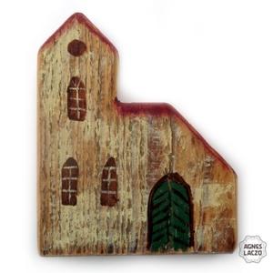 templom , Otthon & lakás, Dekoráció, Karácsony, Lakberendezés, Ünnepi dekoráció, Famegmunkálás, Festett tárgyak, egyedi rusztikus fa dekoracio.  \nkb 14 x 17 cm, 2.5 cm vastag. \nÁllodisz, nem akasztos. \nA szinek el..., Meska
