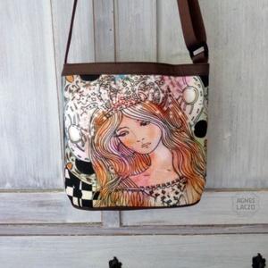 A lány a meséből táska, Táska & Tok, Kézitáska & válltáska, Vállon átvethető táska, Ingyenes posta !  Oldaltaska, valltaska, sajat rajzommal. Ez biztosan nem fog szembejonni ! :-)  A t..., Meska
