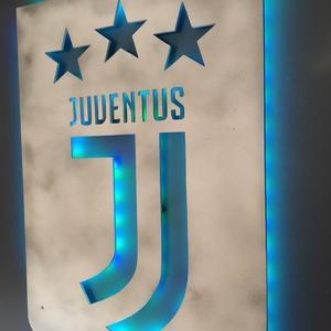 Juventus - fali dekoráció ledes világítással, Otthon & Lakás, Lámpa, Hangulatlámpa, Festett tárgyak, Famegmunkálás, A Juventus fociklub rajongói számára készült falikép és egyben hangulatvilágítás\nA mellékelt távirán..., Meska