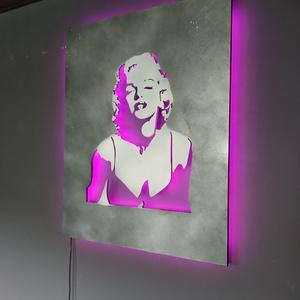 Marilyn Monroe ledes falikép, Otthon & Lakás, Dekoráció, Falra akasztható dekor, Famegmunkálás, Festészet, Falikép filmrajongók ... vagy/és  Marilyn csodálói számára... Ledes háttérfénnyel.\nA fény színét és ..., Meska