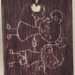 kezdetektől napjainkig kulcstartó, Otthon & lakás, Egyéb, Táska, Divat & Szépség, Szerelmeseknek, Ünnepi dekoráció, Dekoráció, Kulcstartó, táskadísz, Gravírozás, pirográfia, Saját kézzel, gravírozással, pácolt fa lapra készült egyedi kulcstartó, egyik oldalán szerelmes pár..., Meska