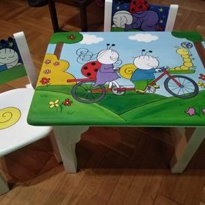 Kézzel festett gyerek asztal/ szék, Gyerek & játék, Gyerekszoba, Gyerekbútor, Otthon & lakás, Lakberendezés, Bútor, Festett tárgyak, Famegmunkálás, Egyedi ,teljes mértékben kézzel készült unisex asztalszett gyerekeknek! Fenyő ill. nyír rétegelt lem..., Meska