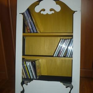 Fali CD/DVD (stilizált) Romantikus szekrényke, Otthon & Lakás, Tárolás & Rendszerezés, Fali tároló, Famegmunkálás, Festett tárgyak, 70x43cm.es fából készült falra szerelhető CD/DVD tartó. A belseje akár leddel is megvilágítható, akk..., Meska