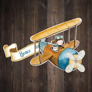 Repülős névtábla, Otthon & lakás, Dekoráció, Lakberendezés, Ajtódísz, kopogtató, Festészet, Famegmunkálás, Babalátogatóba, születésnapra, karácsonyra kedves és különleges ajándék lehet egy Favolartos névtábl..., Meska