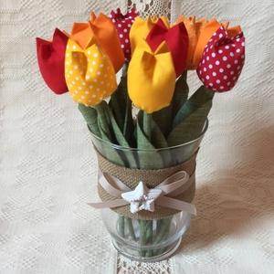 Textil tulipán /szett: 12 db/ ingyen ajándékkísérővel, Csokor & Virágdísz, Dekoráció, Otthon & Lakás, Varrás, Egyedi textil TULIPÁNOK eladók. \n\nA csokor 12 szál tulipánt tartalmaz:\n- sárga\n- narancssárga\n- piro..., Meska