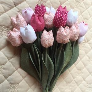 Textil tulipán / szett: 12 szál/ ingyen ajándékkísérővel, Dekoráció, Csokor, Varrás, Egyedi textil TULIPÁNOK eladók.   A csokor 12 szál tulipánt tartalmaz: - rózsaszín - fehér árnyalat..., Meska