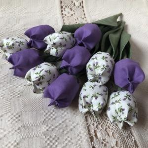 Textil tulipàn / szett: 12 szál/ ingyen ajándékkísérővel, Csokor & Virágdísz, Dekoráció, Otthon & Lakás, Varrás, Egyedi textil TULIPÁNOK eladók. \n\nA csokor 12 szál tulipánt tartalmaz:\n- 6 lila\n- 6 ekrü-lila virágo..., Meska