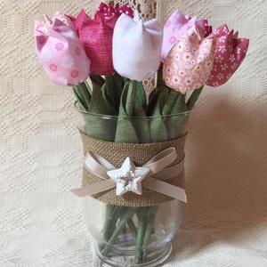 Textil tulipán / szett: 12 db/ ingyen ajándékkísérővel, Csokor & Virágdísz, Dekoráció, Otthon & Lakás, Varrás, Egyedi textil TULIPÁNOK eladók. \n\nA csokor 12 szál tulipánt tartalmaz:\n- 2 pink\n- 2 pink pöttyes\n- 2..., Meska
